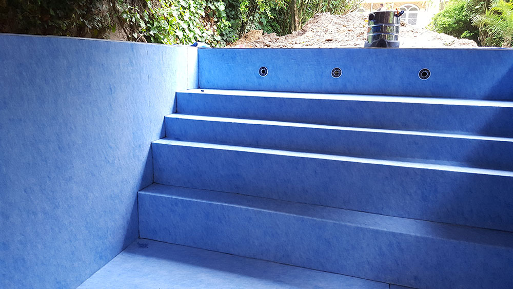Liner de piscine les horizons bleus for Entretien liner piscine